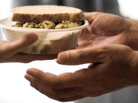 Majdnem ezer adag ételt osztottak ki a rászoruló gyerekeknek az őszi szünetben