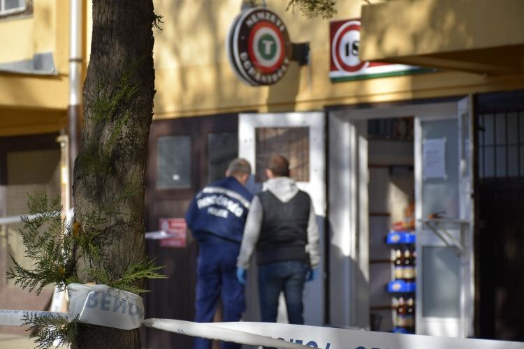 Keresik a férfit, akit szerda délelőtt kirabolta a szolnoki dohányboltot