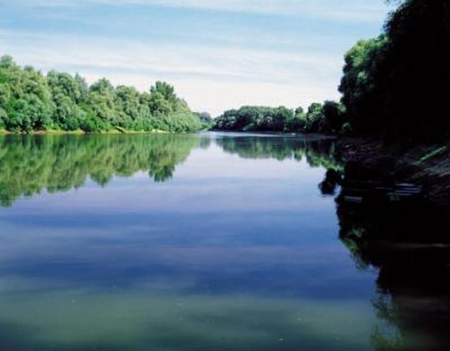 Elkezdődik a Tisza hullámterének javítása Szolnok és Kisköre között