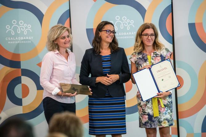 Családbarát önkormányzat díjat kapott Szolnok Város Önkormányzata